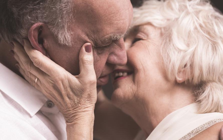 Resultado de imagem para vida sexual nos idosos